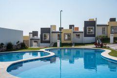 Foto de casa en venta en Atlacholoaya, Xochitepec, Morelos, 4683264,  no 01