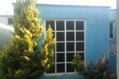 Foto de casa en venta en San Cristóbal Huichochitlán, Toluca, México, 5316278,  no 01