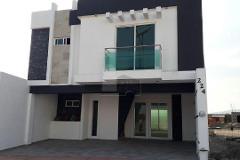 Foto de casa en venta en abruso , villas de bernalejo, irapuato, guanajuato, 4637470 No. 01