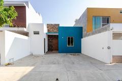 Foto de casa en venta en acerina 65, residencial esmeralda norte, colima, colima, 0 No. 01