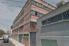 Foto de edificio en venta en  , agrícola pantitlan, iztacalco, distrito federal, 4572070 No. 01