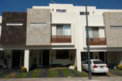 Foto de casa en venta en avenida circuito real san jose , jardines del valle, zapopan, jalisco, 4413573 No. 01