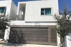 Foto de casa en renta en avenida puerta de hierro , puerta de hierro cumbres, monterrey, nuevo león, 4572980 No. 01