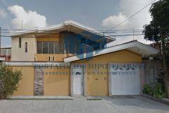 Foto de casa en venta en Revolución, Uruapan, Michoacán de Ocampo, 5082690,  no 01