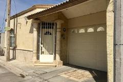 Foto de casa en venta en  , del bosque, gómez palacio, durango, 4889737 No. 01