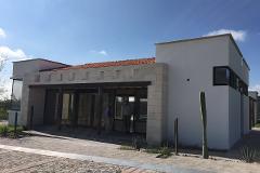 Foto de casa en condominio en venta en fray junípero serra , vista, querétaro, querétaro, 0 No. 01