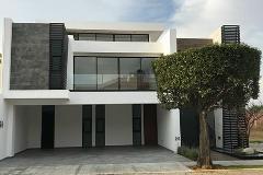 Foto de casa en venta en gardenia , jardines de zavaleta, puebla, puebla, 4563053 No. 01