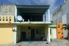 Foto de casa en venta en  , gobernadores, comalcalco, tabasco, 4368013 No. 01