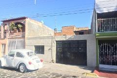 Foto de casa en venta en  , heliodoro hernández loza 2a secc, guadalajara, jalisco, 4532771 No. 01