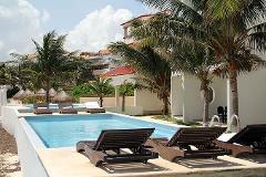 Foto de departamento en venta en  , jardines cancún, benito juárez, quintana roo, 4295521 No. 01