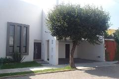 Foto de casa en renta en  , jardines de zavaleta, puebla, puebla, 4564850 No. 01