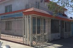 Foto de casa en venta en  , jardines del rosario, guadalajara, jalisco, 4904500 No. 01
