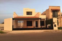 Foto de casa en renta en  , la castellana, mérida, yucatán, 3726826 No. 01