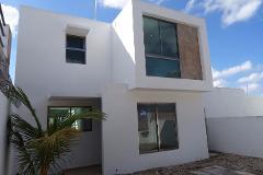 Foto de casa en venta en  , leandro valle, mérida, yucatán, 4225698 No. 01