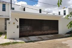 Foto de casa en venta en  , leandro valle, mérida, yucatán, 4348221 No. 01