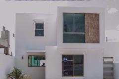 Foto de casa en venta en  , leandro valle, mérida, yucatán, 4520723 No. 01
