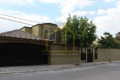 Foto de casa en venta en  , los pinos 2do sector, saltillo, coahuila de zaragoza, 0 No. 01