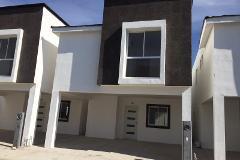 Foto de casa en venta en paseo del pedregal y bugambilias 1, filadelfia, gómez palacio, durango, 4365537 No. 01