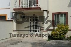 Foto de casa en venta en  , puerta de hierro cumbres, monterrey, nuevo león, 4214724 No. 01