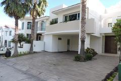 Foto de casa en venta en puerta de hierro , puerta de hierro, zapopan, jalisco, 4217197 No. 01