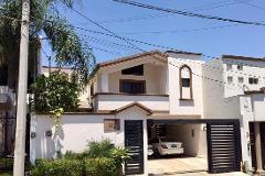 Casas en renta en colinas de san jer nimo monterrey for Alquiler de casas en san jeronimo sevilla