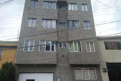 Foto de edificio en venta en  , salvador sánchez colín, toluca, méxico, 3219866 No. 01