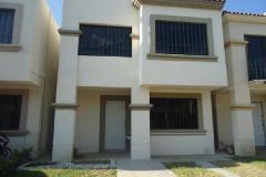 Foto de casa en venta en s/e 1, los arcos, irapuato, guanajuato, 4286780 No. 01