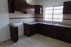 Foto de casa en renta en  , villas de aranjuez, saltillo, coahuila de zaragoza, 4548893 No. 01