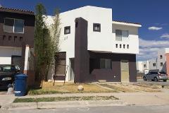 Foto de casa en venta en  , villas de las perlas, torreón, coahuila de zaragoza, 3367403 No. 01