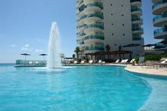 Foto de departamento en venta en  , zona hotelera, benito juárez, quintana roo, 4632064 No. 02