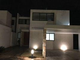 Foto de casa en renta en Ejido de Chuburna, Mérida, Yucatán, 14725760,  no 01