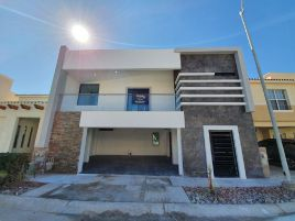 Foto de casa en venta en Calzada del Sol, Juárez, Chihuahua, 15214621,  no 01