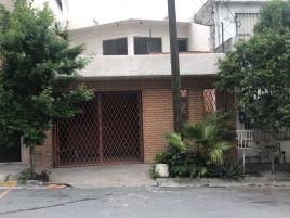 Foto de casa en venta en Lázaro Garza Ayala, San Pedro Garza García, Nuevo León, 5371694,  no 01
