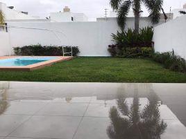 Foto de casa en condominio en renta en Algarrobos Desarrollo Residencial, Mérida, Yucatán, 18973347,  no 01