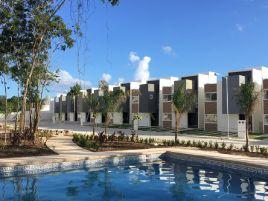 Foto de casa en venta en Villas Maya, Solidaridad, Quintana Roo, 17191284,  no 01