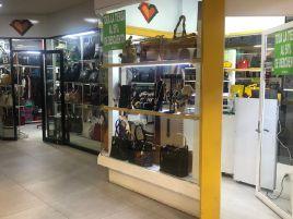 Foto de local en venta en Los Gavilanes, León, Guanajuato, 20894550,  no 01