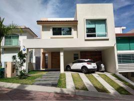 Foto de casa en condominio en venta en Ciudad Bugambilia, Zapopan, Jalisco, 17203793,  no 01