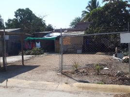 Foto de terreno habitacional en venta en Bucerías Centro, Bahía de Banderas, Nayarit, 15214713,  no 01