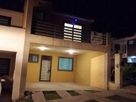 Foto de casa en venta en Cerrada del Valle, Santa Catarina, Nuevo León, 15301902,  no 01