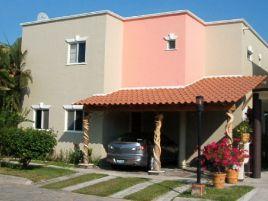 Foto de casa en venta en Abelardo R. Rodríguez, Manzanillo, Colima, 20103321,  no 01