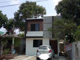 Foto de casa en venta en Natividad Garza Leal, Tampico, Tamaulipas, 13665308,  no 01