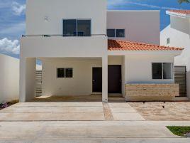 Foto de casa en condominio en venta en Conkal, Conkal, Yucatán, 12759642,  no 01