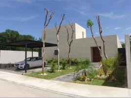 Foto de casa en venta en Komchen, Mérida, Yucatán, 15968892,  no 01