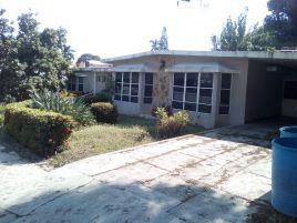 Foto de casa en venta en Petrolera, Tampico, Tamaulipas, 15240781,  no 01