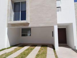 Foto de casa en condominio en renta en Rancho Santa Mónica, Aguascalientes, Aguascalientes, 5336079,  no 01