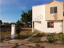 Foto de casa en venta en arboledas 101-9, villas del sol, altamira, tamaulipas, 0 No. 01