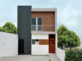 Foto de casa en venta en avenida guadalupe victoria , villa jardín, lerdo, durango, 0 No. 01