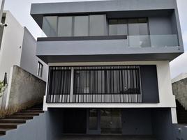 Foto de casa en venta en avenida royal country 5714, puerta de hierro, zapopan, jalisco, 0 No. 01