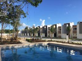 Foto de casa en venta en avenida universidades 24, villas maya, solidaridad, quintana roo, 0 No. 01