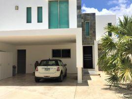 Foto de casa en venta en Monte Alban, Mérida, Yucatán, 15932758,  no 01